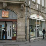 Entrée Papeterie face tram Broglie